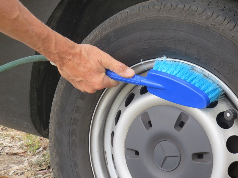 filko-cleaning-products-vehicle30